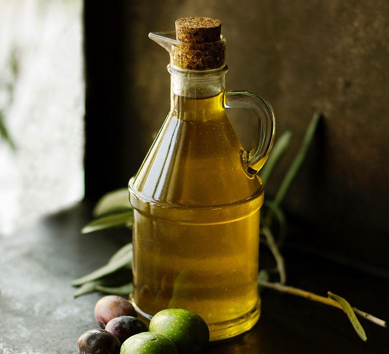 Die vegane Ernährungspyramide | Fette & Öle