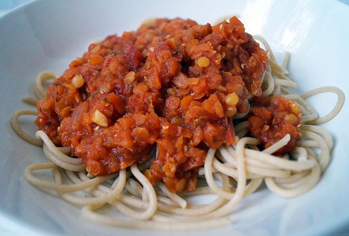 Rezept | einfache vegane Bolognese | Linsenbolognese